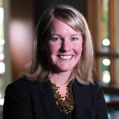 Stephanie E. Riesch-Knapp